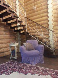 преимущества кованых ограждений для лестниц