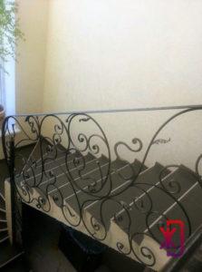 Заказ кованых перил на бетонную лестницу
