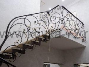 Кованые перила для лестницы Тюмень