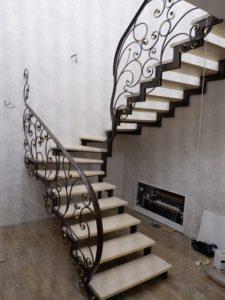 Заказать перила для лестницы в Тюмени