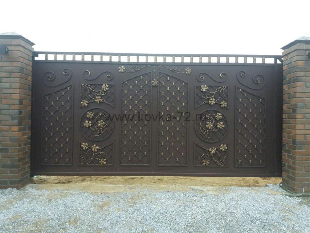Кованые забор и калитка с уникальным дизайном 4