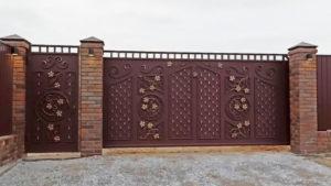 установка откатных ворот Живая Сталь