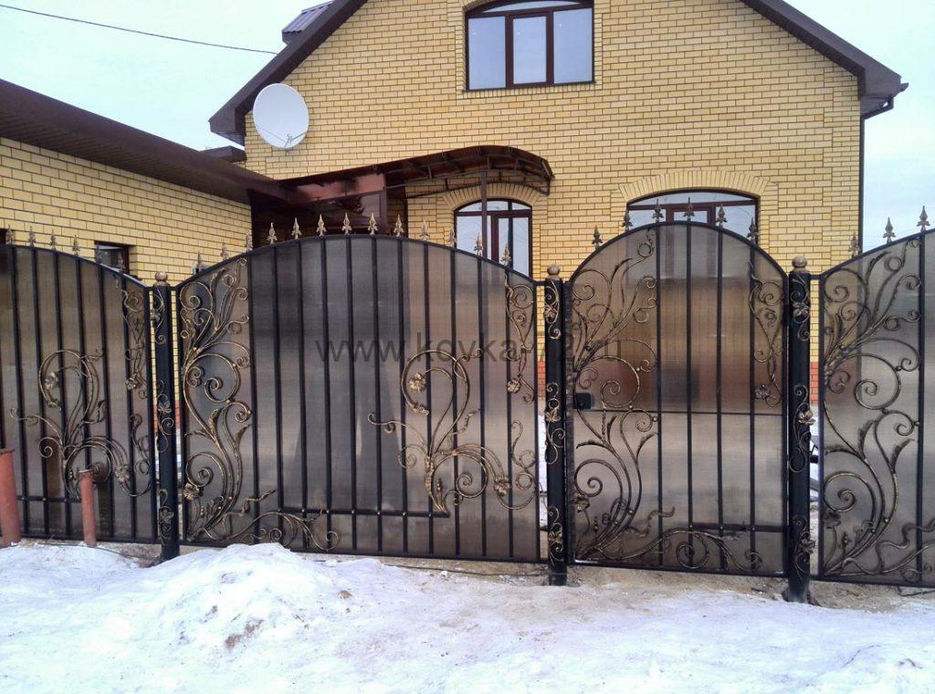Кованые забор, ворота, калитка, навес с поликарбонатом 15