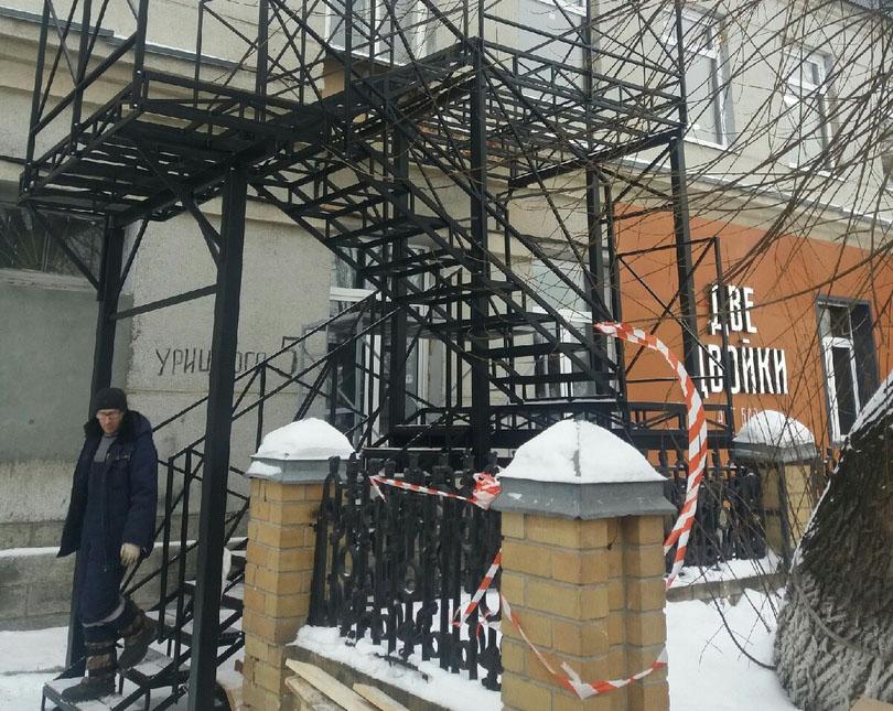 Уличная лестница металлическая с ограждениями, Тюмень, Живая Сталь